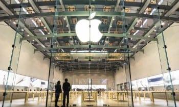 Apple Store in Santa Monica, CA