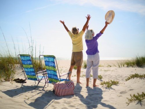 Investing in something that is not too risky is one of the best options a retiree has. In your old time, you certainly do not want to be bothered by something that can interfere with your enjoyment. Therefore, you should find a retirement investment option that can provide you with enough income and fewer risks. The key is finding a stable company that is able to pay healthy dividends. You do not necessarily look for one that offers spectacular returns. Instead, you need something stable. Retirement Investment Options to Look For in 2017 If you are planning retirement investment option, the following are some choices to consider in 2017, as cited by Kiplinger. Apple Some retirees might retain from going into technology industry for retirement investment. However, the case is different for Apple. It is not an ordinary company. From September 2015 to September 2016, it booked $215 billion of sales and $45.7 billions of profits! In the same year, Apple recorded $67.3 billion in its cash and securities. In addition, Apple booked another $170 billion in long-term investment. On average, Apple achieved an annual growth of 10% during the past four years! AT&T In telecommunication industry, AT&T is one of the companies that offer that highest dividends. It has recorded very stable and healthy dividends since 1984. AT&T has also recorded annual increase in payout during the past three decades. This is not something ordinary, right! It also makes one of the most profitable common stocks on the market. Besides telecommunication services, AT&T has expanded to other sectors, such as content production and pay-tv services. Colgate-Palmolive The company's main products are household goods, such as toothpaste and dish soap. It is worthy considering for retirement investment option. Nothing can stop people to buy these products, regardless of the economic conditions. These must-have products are still necessary even during the economic hardships. Steadiness in demands has also led t